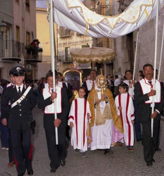 Processione del Corpus Domini - Centro Polis Castelbuono