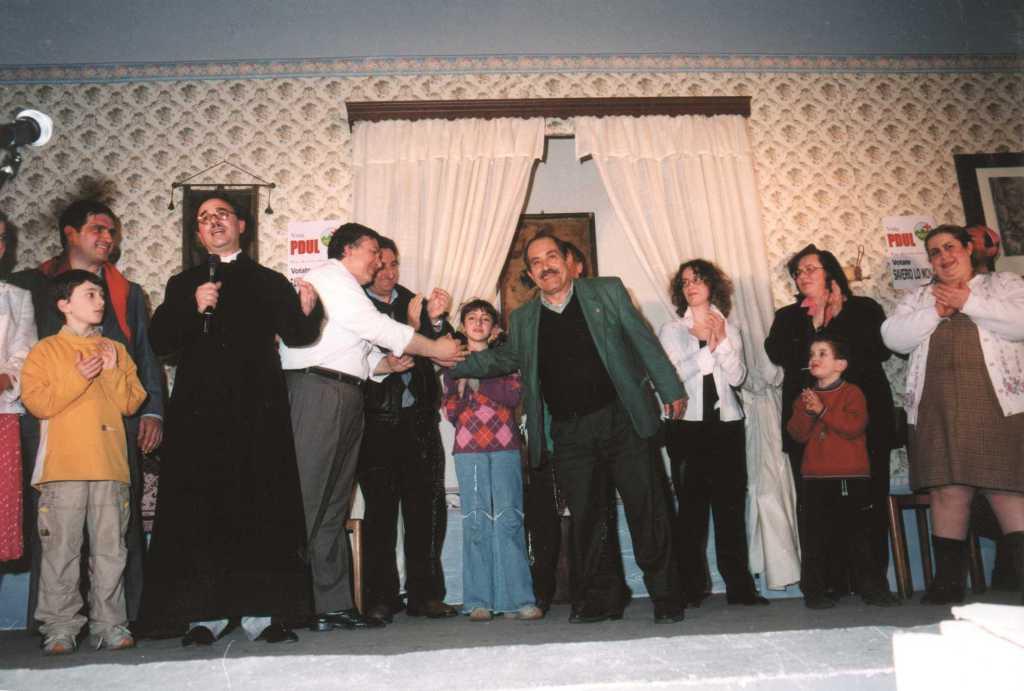 Meglio un uomo vero che un prete finto - 2002