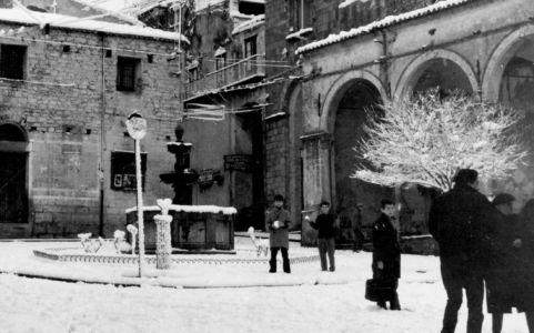 Piazza Margherita nell'inverno del 1962