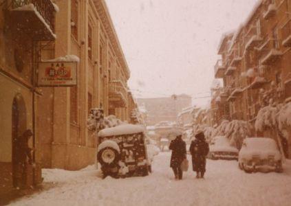 La via Sant'Anna nell'inverno dell'81