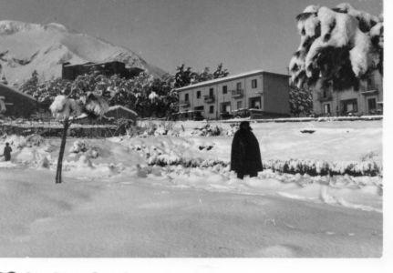 La via Mazzini dop la nevicata del 1962