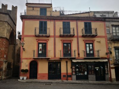 Prospetto piazza Margherita